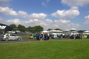 r 2015 080822 Castle Combe Grid Walk