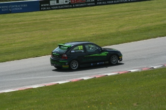 2016 043080 Tim Brands Hatch race
